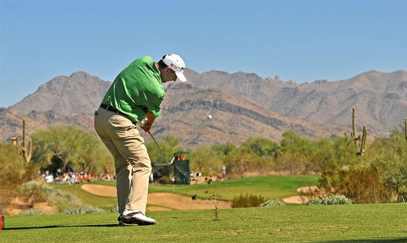 SCOTTSDALE, AZ - OCTOBER 26: Kevin Sutherland tees off the par three 8th hole during the fourth and final round of  the Fry's.Com Open held at Grayhawk Golf Club on October 26, 2008 in Scottsdale, Arizona. (Photo by Marc Feldman/Getty Images)