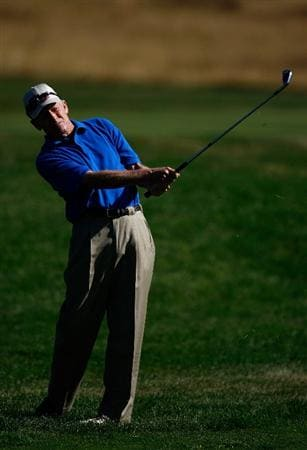 SUNRIVER, OR - AUGUST 23:  Mike Reid hits his second shot on the 1st hole during the final round of the Jeld-Wen Tradition on August 23, 2009 at  the Crosswater Club at Sunriver Resort in Sunriver, Oregon.  (Photo by Jonathan Ferrey/Getty Images)
