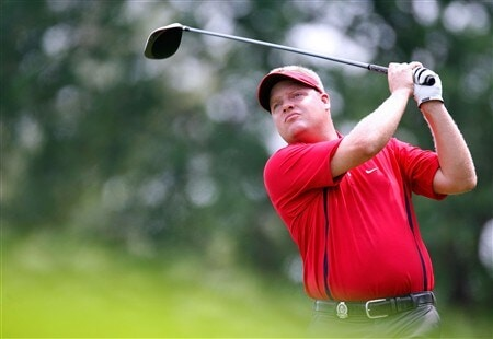 BLOOMFIELD HILLS, MI - AUGUST 05:  Carl Pettersson of Sweden watches his shot during a practice round prior to the 90th PGA Championship at Oakland Hills Country Club on August 5, 2008 in Bloomfield Township, Michigan.  (Photo by Gregory Shamus/Getty Images)