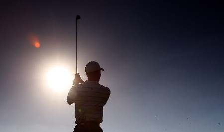DUBAI, UNITED ARAB EMIRATES - JANUARY 29:  Tiger Woods of the USA watches his tee shot at the 7th hole during the Dubai Desert Classic Challenge Match, held on the Par 3 Course at the Emirates Golf Club, on January 29, 2007 in Dubai, United Arab Emirates.  (Photo by David Cannon/Getty Images)