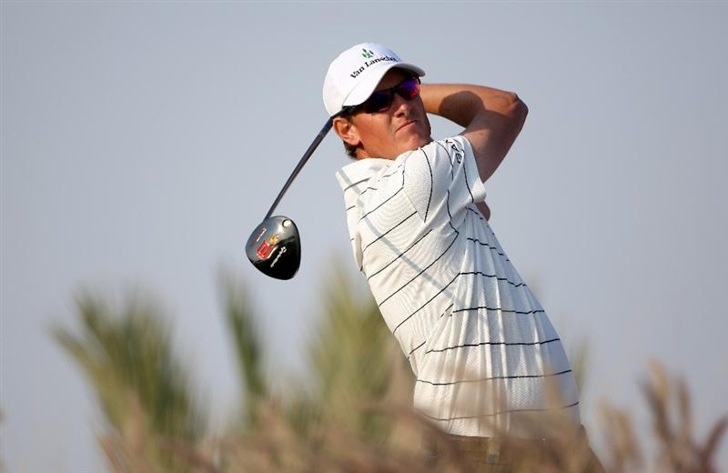 DOHA, QATAR - JANUARY 25:  Maarten Lafeber of The Netherlands hits his tee-shot on the 16th hole during the final round of the Commercialbank Qatar Masters at Doha Golf Club on January 25, 2009 in Doha, Qatar.  (Photo by Andrew Redington/Getty Images)