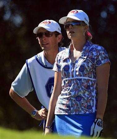 WEST PALM BEACH, FL - NOVEMBER 20:  Paula Creamer talks with her caddie Colin Cann on the fourth hole during the first round of the ADT Championship at the Trump International Golf Club on November 20, 2008 in West Palm Beach, Florida.  (Photo by Scott Halleran/Getty Images)