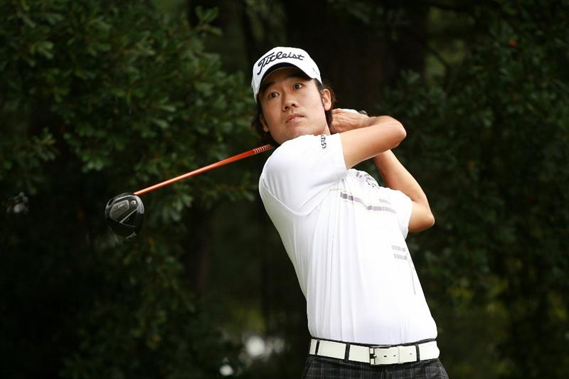 ATLANTA - SEPTEMBER 26:  Kevin Na hits his tee shot on the third hole during the final round of THE TOUR Championship presented by Coca-Cola at East Lake Golf Club on September 26, 2010 in Atlanta, Georgia.  (Photo by Scott Halleran/Getty Images)
