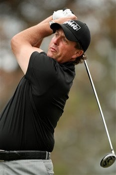 SAN DIEGO - JUNE 12:  Phil Mickelson hits his tee shot on the second hole during the first round of the 108th U.S. Open at the Torrey Pines Golf Course (South Course) on June 12, 2008 in San Diego, California.  (Photo by Ross Kinnaird/Getty Images)