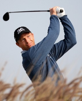 DOHA, QATAR - JANUARY 24:  Soren Hansen of Denmark on the par four 16th hole during the first round of the Commercial Bank Qatar Masters held at the Doha Golf Club on January 24, 2008 in Doha,Qatar.  (Photo by Ross Kinnaird/Getty Images)