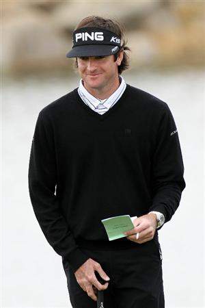 MARANA, AZ - FEBRUARY 26:  Bubba Watson smiles as he looks on from the third green during the semifinal round of the Accenture Match Play Championship at the Ritz-Carlton Golf Club on February 26, 2011 in Marana, Arizona.  (Photo by Sam Greenwood/Getty Images)