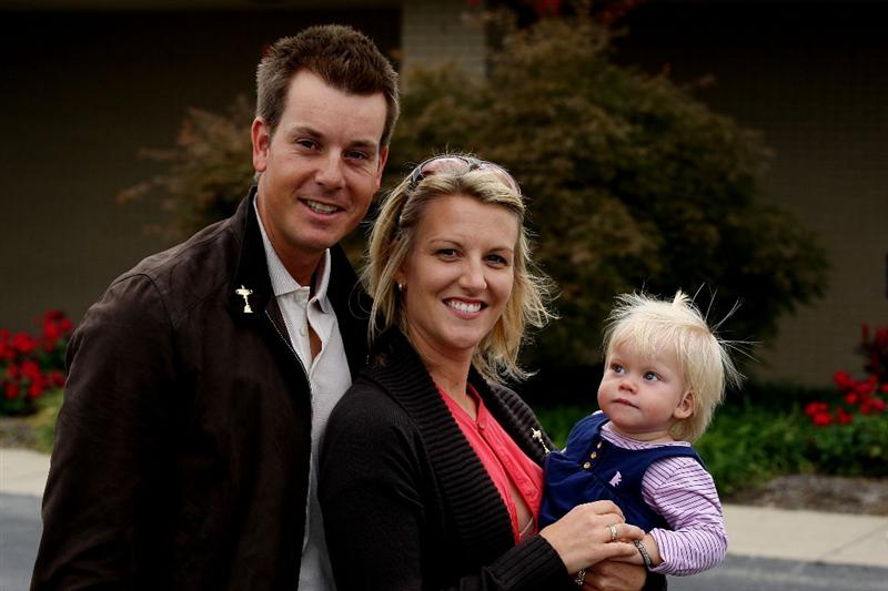 LOUISVILLE, KY - SEPTEMBER 15:  Henrik Stenson of the European team poses with his wife Emma and daughter Lisa after arriving at the Louisville International Airport prior to the 2008 Ryder Cup held at Valhalla Golf Club on September 15, 2008 in Lousville, Kentucky.  (Photo by David Cannon/Getty Images)