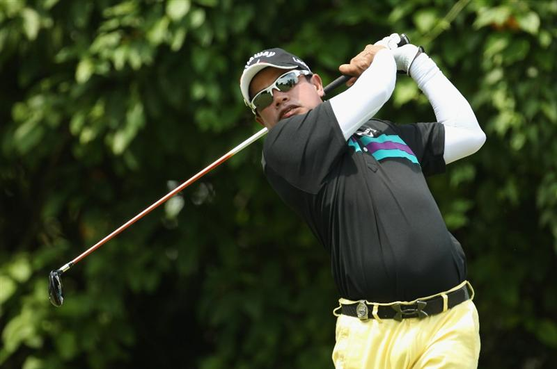 SINGAPORE - NOVEMBER 13:  Prayad Marksaeng of Thailand in action during the 3rd Round of the Barclays Singapore Open at Sentosa Golf Club on November 13, 2010 in Singapore, Singapore.  (Photo by Ian Walton/Getty Images)