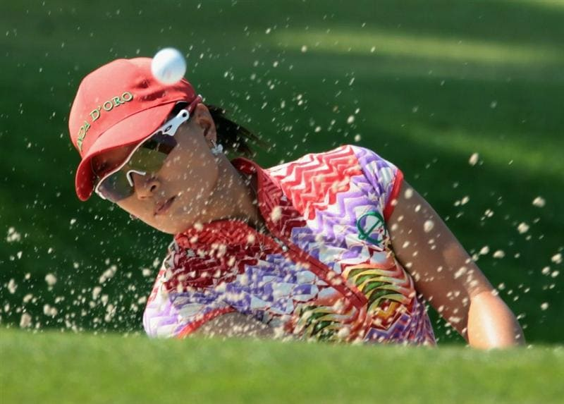 SINGAPORE - FEBRUARY 25:  Se Ri Pak of South Korea plays a bunker shot on the 14th hole during the second round of the HSBC Women's Champions 2011 at the Tanah Merah Country Club on February 25, 2011 in Singapore, Singapore.  (Photo by Scott Halleran/Getty Images)