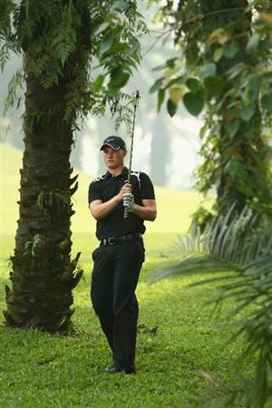 KUALA LUMPUR, MALAYSIA - FEBRUARY 12:  Oliver Fisher of England in action on the 16th hole during the first round of the 2009 Maybank Malaysian Open at Saujana Golf and Country Club on February 12, 2009 in Kuala Lumpur, Malaysia.  (Photo by Ian Walton/Getty Images)