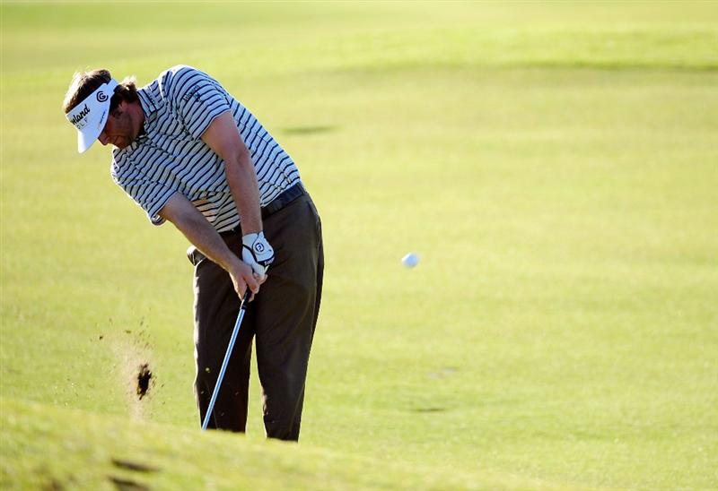 PALM COAST, FL - OCTOBER 30:  Steve Marino hits a shot on the 6th hole during the first round of the Ginn sur Mer Classic at the Conservatory Golf Club in Palm Coast, Florida on October 30, 2008.  (Photo by Sam Greenwood/Getty Images)