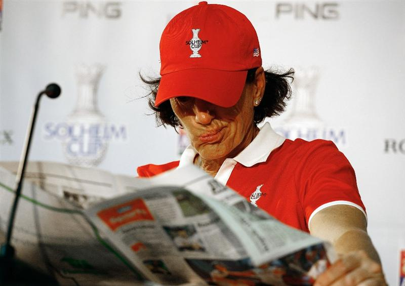 SUGAR GROVE, IL - AUGUST 18:  Juli Inkster of the U.S. Team reads a paper before she speaks with the media prior to the start of the 2009 Solheim Cup at Rich Harvest Farms on August 18, 2009 in Sugar Grove, Illinois.  (Photo by Scott Halleran/Getty Images)
