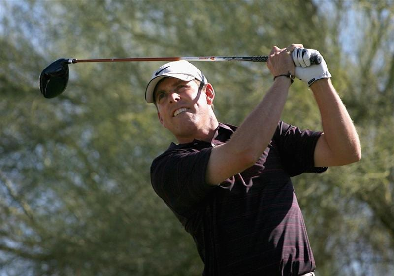 SCOTTSDALE, AZ - OCTOBER 24:  Justin Leonard hits a tee shot on the third hole during the third round of the Frys.com Open at Grayhawk Golf Club on October 24, 2009 in Scottsdale, Arizona.  (Photo by Christian Petersen/Getty Images)