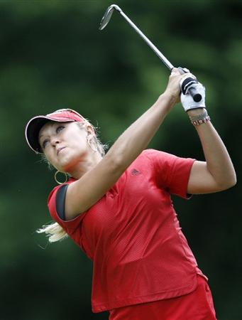 SYLVANIA, OH - JULY 03: Natalie Gulbis watches her tee shot on the eighth hole during the second round of the Jamie Farr Owens Corning Classic at Highland Hills Golf Club on July 3, 2009 in Sylvania, Ohio. (Photo by Gregory Shamus/Getty Images)