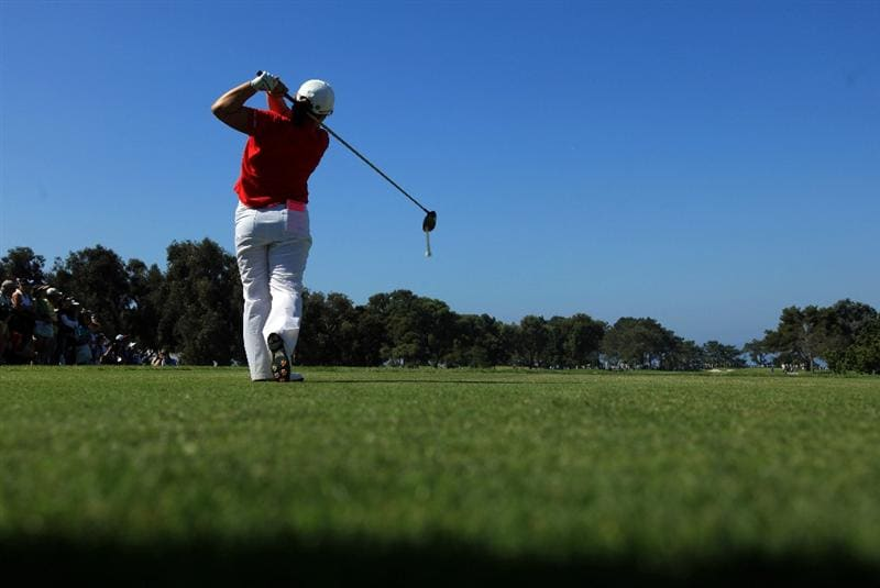 LA JOLLA, CA - SEPTEMBER 20: Jiyai Shin of South Korea tees off the 1st hole during the final round of the LPGA Samsung World Championship on September 20, 2009 at Torrey Pines Golf Course in La Jolla, California.  (Photo By Donald Miralle/Getty Images)