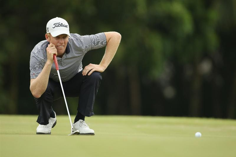 SINGAPORE - NOVEMBER 11:  Andrew Dodt of Australia in action during the First Round of the Barclays Singapore Open at Sentosa Golf Club on November 11, 2010 in Singapore, Singapore.  (Photo by Ian Walton/Getty Images)