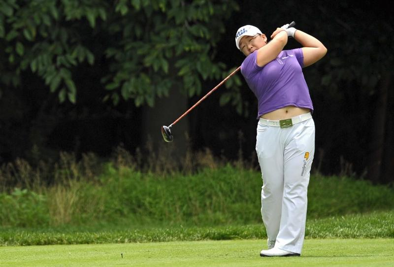 HAVRE DE GRACE, MD - JUNE 13: Jiyai Shin of South Korea hits her tee shot on the fourth hole during the third round of the McDonald's LPGA Championship at Bulle Rock Golf Course on June 12, 2009 in Havre de Grace, Maryland. (Photo by Drew Hallowell/Getty Images)