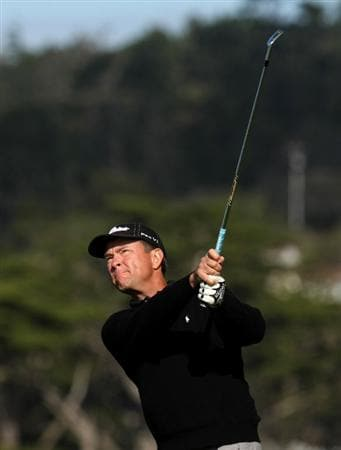 PEBBLE BEACH, CA - FEBRUARY 12:  Davis Love III  hits his tee shot on the seventh hole during the first round of the AT&T Pebble Beach National Pro-Am at Pebble Beach Golf Links on February 12, 2009 in Pebble Beach, California.  (Photo by Stephen Dunn/Getty Images)