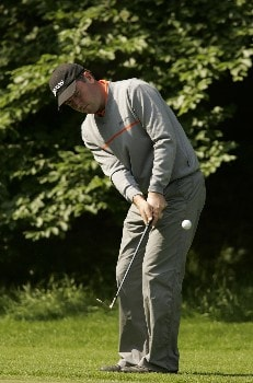 Raymond Russell chips to the green during the first round of the 2005 KLM Open at Hilversumsche Golf Club. June 9, 2005Photo by Pete Fontaine/WireImage.com