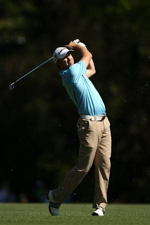 AUGUSTA, GA - APRIL 04:  Martin Laird of Scotland hits a shot during a practice round prior to the 2011 Masters Tournament at Augusta National Golf Club on April 4, 2011 in Augusta, Georgia.  (Photo by Andrew Redington/Getty Images)