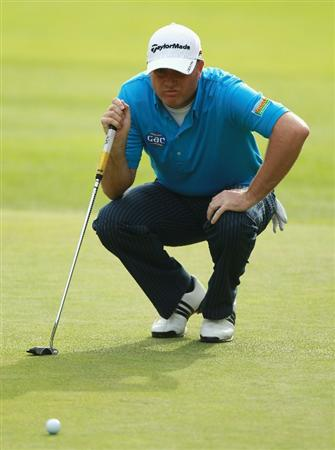 CRANS, SWITZERLAND - SEPTEMBER 02:  Graeme Storm of England lines up a putt on the ninth green during the first round of The Omega European Masters at Crans-Sur-Sierre Golf Club on September 2, 2010 in Crans Montana, Switzerland.  (Photo by Warren Little/Getty Images)