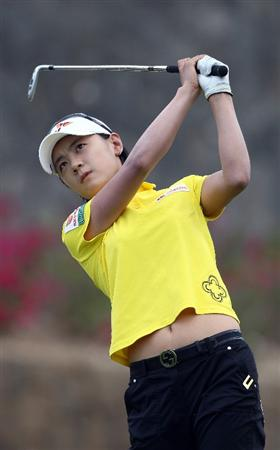 MORELIA, MEXICO- APRIL 24:  Na Yeon Choi of South Korea tees off the 6th hole during the second round of the Corona Championship at the Tres Marias Golf Club on April 24, 2009 in Morelia, Michoacan, Mexico. (Photo by Donald Miralle/Getty Images)