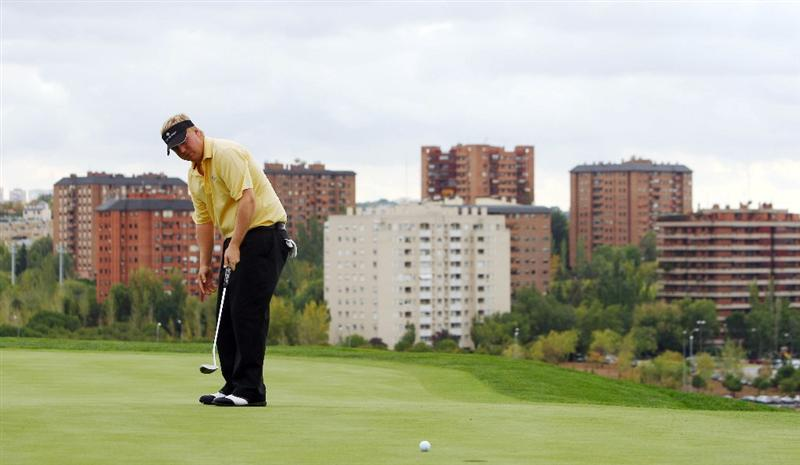 MADRID, SPAIN - OCTOBER 08:  Ross McGowan of England in action during Round One of the Madrid Masters at Cantro Nacional De Golf on October8, 2009 in Madrid, Spain.  (Photo by Ian Walton/Getty Images)