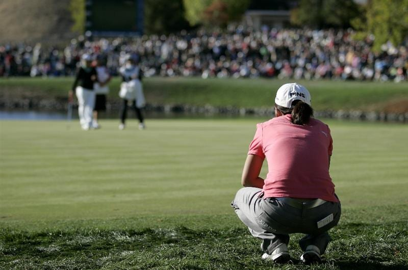 DANVILLE, CA - OCTOBER 12: In-Kyung Kim of South Korea lines up a putt on the 18th hole during the final round of the LPGA Longs Drugs Challenge at the Blackhawk Country Club October 12, 2008 in Danville, California. (Photo by Max Morse/Getty Images)