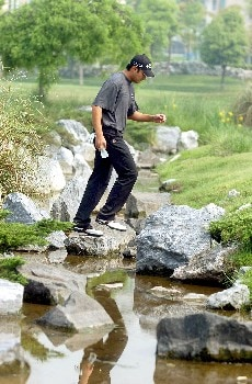 Eddie Lee from New Zealand crosses one of the many water hazrds on this course during 2005 BMW Asian Open at Tomson Golf Club in Shanghai, China on April 29, 2005Photo by Jeff Crow/WireImage.com