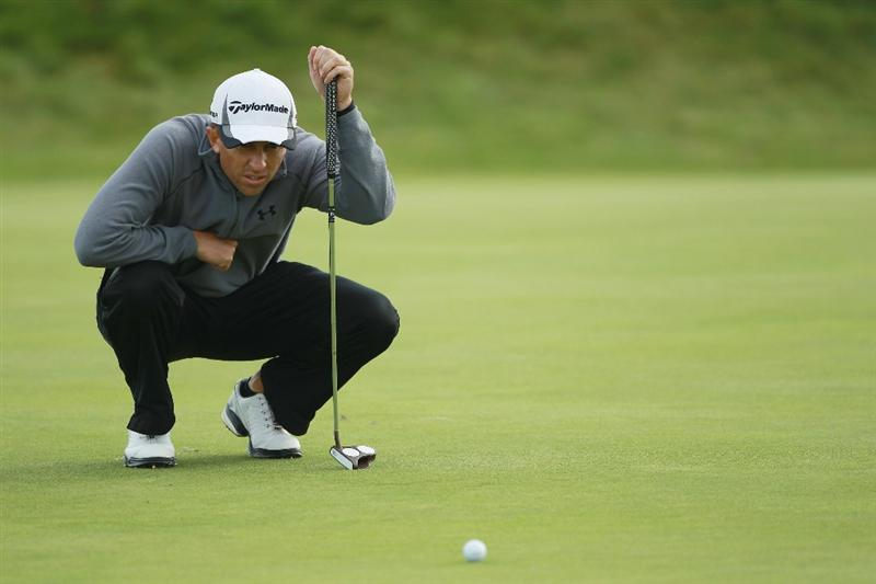 CARNOUSTIE, SCOTLAND - OCTOBER 07:  Tim Wilkinson of New Zealand lines up a putt on the 14th green during the first round of The Alfred Dunhill Links Championship at Carnoustie Golf Links on October 7, 2010 in Carnoustie, Scotland.  (Photo by Warren Little/Getty Images)