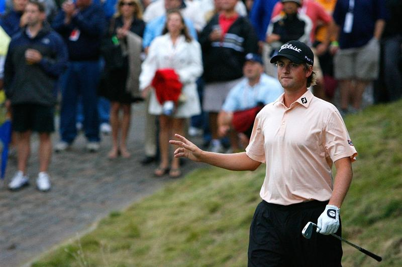 JERSEY CITY, NJ - AUGUST 28:  Webb Simpson acknowledges the gallery after playing from the rough on the 18th hole during round two of The Barclays on August 28, 2009 at Liberty National in Jersey City, New Jersey.  (Photo by Kevin C. Cox/Getty Images)