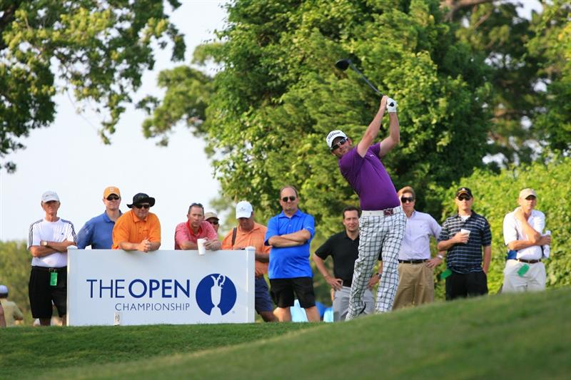 PLANO, TX - MAY 23: Josh Geary of New Zealand hits his tee shot on the 18th hole during the Open Qualifying Competition at Gleneagles Country Club on May 23, 2011 in Plano, Texas. (Photo by Hunter Martin/Getty Images)