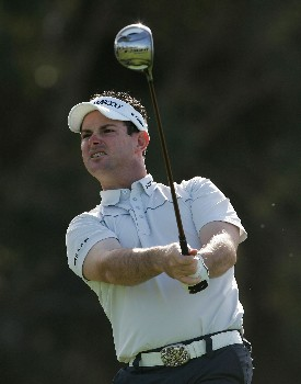 LA JOLLA, CA - JANUARY 26:  Rory Sabbatini of South Africa watches his tee shot on the 18th hole during the third round of the Buick Invitational at the Torrey Pines Golf Course January 26, 2008 in La Jolla, California.  (Photo by Jeff Gross/Getty Images)