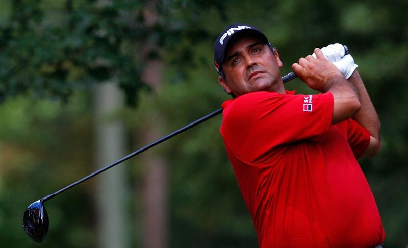 ATLANTA, GEORGIA - SEPTEMBER 24:  Angel Cabrera of Argentina tees off the fourth hole during the first round of THE TOUR Championship presented by Coca-Cola, the final event of the PGA TOUR Playoffs for the FedExCup, at East Lake Golf Club on September 24, 2009 in Atlanta, Georgia.  (Photo by Kevin C. Cox/Getty Images)