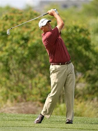 SAVANNAH, GA : Tom Lehman hits his second shot on the 4th hole during the final round of the Liberty Mutual Legends of Golf at the Westin Savannah Harbor Golf Resort and Spa on April 26, 2009 in Savannah, Georgia. (Photo by Hunter Martin/Getty Images)