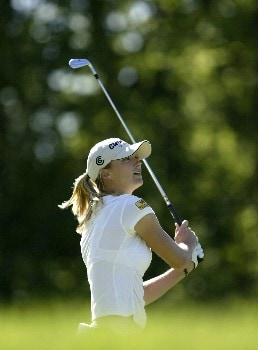 Catherine Cartwright plays the second hole during the first round of the 2005 Sybase Classic at Wykagyl Country Club in New Rochelle, New York on May 19, 2005.Photo by Michael Cohen/WireImage.com