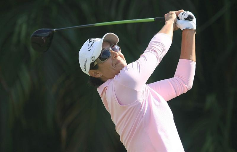 WEST PALM BEACH, FL - NOVEMBER 21:  Laura Diaz hits her tee shot on the ninth hole during the second round of the ADT Championship at the Trump International Golf Club on November 21, 2008 in West Palm Beach, Florida.  (Photo by Scott Halleran/Getty Images)