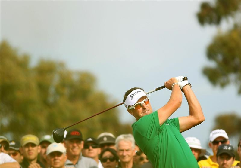 MELBOURNE, AUSTRALIA - NOVEMBER 11:  Robert Allenby of Australia tees off during day one of the Australian Masters at The Victoria Golf Club on November 11, 2010 in Melbourne, Australia.  (Photo by Robert Cianflone/Getty Images)