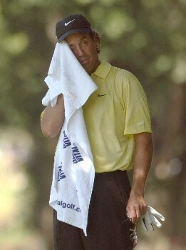TULSA, OK - AUGUST 10:  Stephen Ames of Canada wipes his face with a towel during the second round of the 89th PGA Championship at the Southern Hills Country Club on August 10, 2007 in Tulsa, Oklahoma.  (Photo by Jeff Gross/Getty Images)