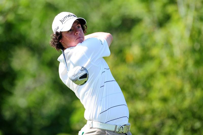 CHASKA, MN - AUGUST 14:  Rory McIlroy of Northern Ireland hits his tee shot on the tenth hole during the second round of the 91st PGA Championship at Hazeltine National Golf Club on August 14, 2009 in Chaska, Minnesota.  (Photo by Stuart Franklin/Getty Images)