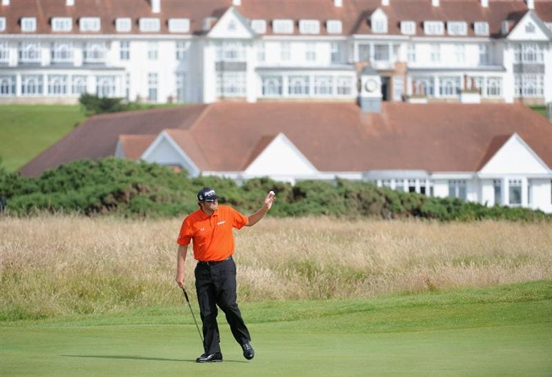 TURNBERRY, SCOTLAND - JULY 16:  Steve Marino of USA acknowledges the crowd after making a birdie putt on the 17th green during round one of the 138th Open Championship on the Ailsa Course, Turnberry Golf Club on July 16, 2009 in Turnberry, Scotland.  (Photo by Harry How/Getty Images)