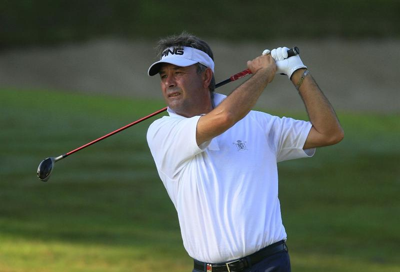JERUDONG, BRUNEI DARUSSALAM - MARCH 04: Manuel Moreno of Spain in action during the first round of the Aberdeen Brunei Senior Masters presented by The Stapleford Forum played at The Empire Hotel and Country Club on March 4, 2011 in Jerudong, Brunei Darussalam.  (Photo by Phil Inglis/Getty Images)