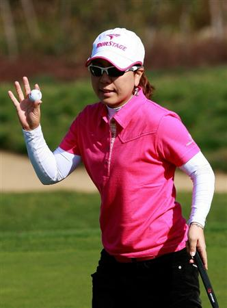 INCHEON, SOUTH KOREA - OCTOBER 30:  Mika Miyazato of Japan on the 12th hole during the 2010 LPGA Hana Bank Championship at Sky 72 Golf Club on October 30, 2010 in Incheon, South Korea.  (Photo by Chung Sung-Jun/Getty Images)