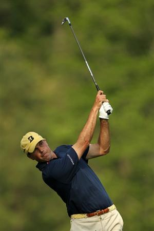 AUGUSTA, GA - APRIL 08:  Matt Kuchar hits his tee shot on the 12th hole during the second round of the 2011 Masters Tournament at Augusta National Golf Club on April 8, 2011 in Augusta, Georgia.  (Photo by Jamie Squire/Getty Images)