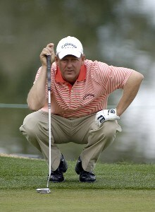 Mark Brooks looks over a birdie attempt on the 1st hole during the final round of the 2006 Chrysler Classic of Tucson on Sunday , February 26, 2006 at the Omni Tucson National Golf Resort and Spa in Tucson, ArizonaPhoto by Marc Feldman/WireImage.com