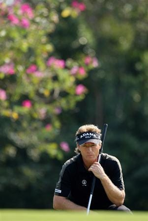 HONG KONG, CHINA - NOVEMBER 20:  Bernhard Langer of Germany lines up a putt on the six hole during the first round of the UBS Hong Kong Open at the Hong Kong Golf Club on November 20, 2008 in Fanling, Hong Kong.  (Photo by Stuart Franklin/Getty Images)
