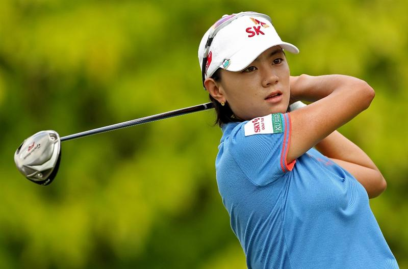 SINGAPORE - FEBRUARY 25:  Na Yeon Choi of South Korea hits her tee-shot on the sixth hole during the first round of the HSBC Women's Champions at the Tanah Merah Country Club on February 25, 2010 in Singapore.  (Photo by Andrew Redington/Getty Images)