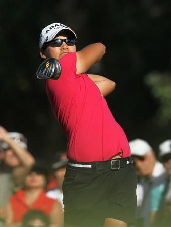 RANCHO MIRAGE, CA - APRIL 03:  Yani Tseng of Taiwan hits her tee shot on the 16th hole during the final round of the Kraft Nabisco Championship at Mission Hills Country Club on April 3, 2011 in Rancho Mirage, California.  (Photo by Stephen Dunn/Getty Images)