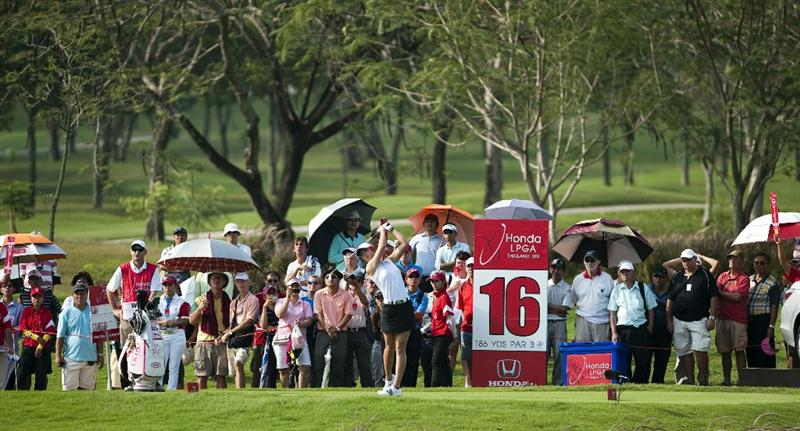 CHON BURI, THAILAND - FEBRUARY 17:  Michelle Wie of USA tees off on the 16th hole during day one of the LPGA Thailand at Siam Country Club on February 17, 2011 in Chon Buri, Thailand.  (Photo by Victor Fraile/Getty Images)