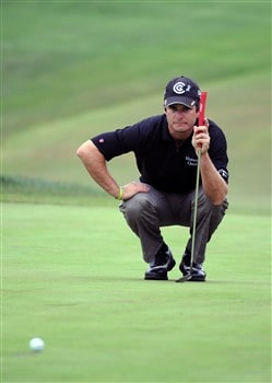 SAN DIEGO - JUNE 13:  Kevin Streelman lines up a putt ont the first hole during the second round of the 108th U.S. Open at the Torrey Pines Golf Course (South Course) on June 13, 2008 in San Diego, California.  (Photo by Harry How/Getty Images)